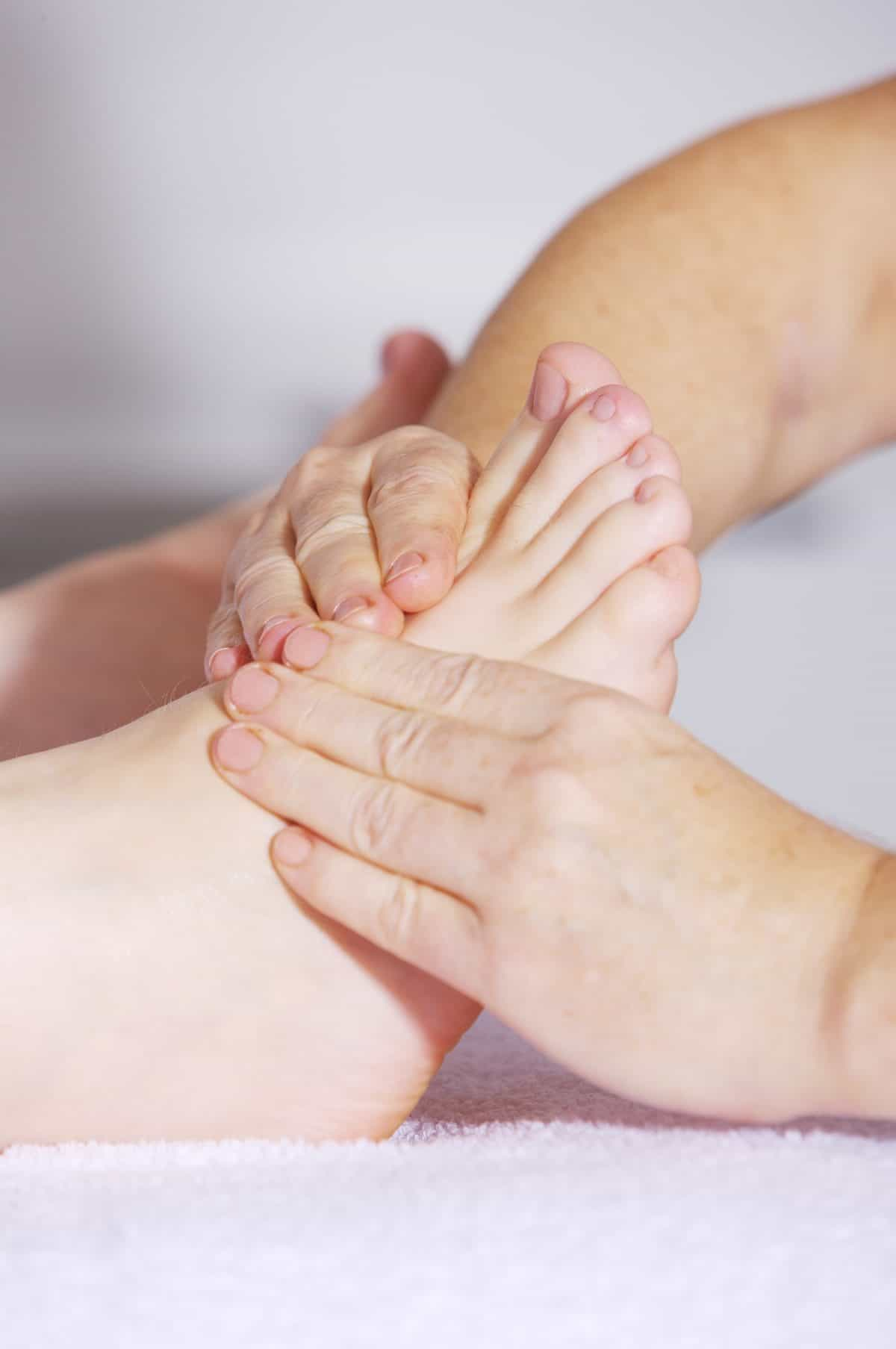 Light Touch Energy Reflexology Combines The Best Of Reflexology With